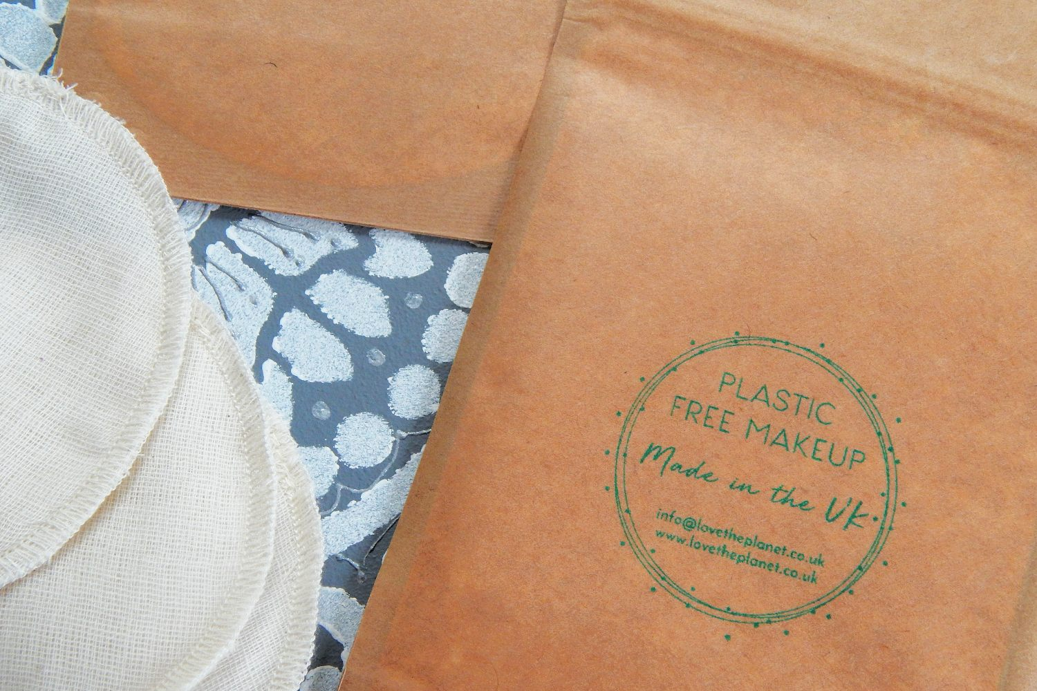 Love the Planet's packaging is stamped with 'Plastic Free Makeup, made in the UK'