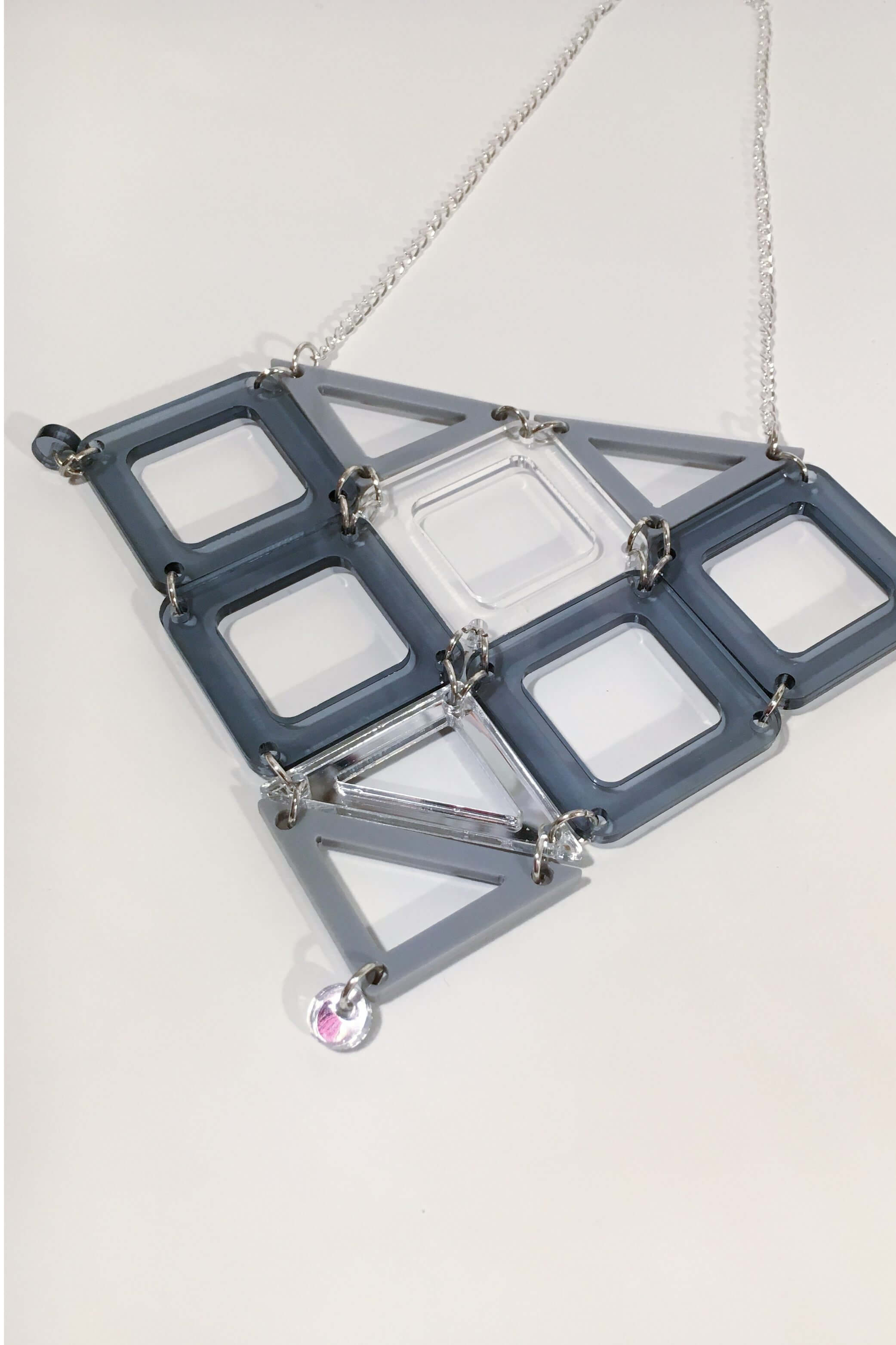 Geometric jewellery design by Odette Smaldon