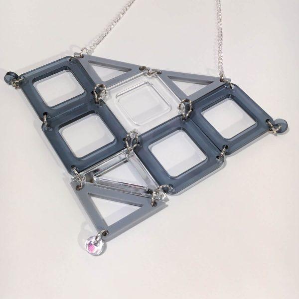 Geometric jewellery design by Odette Smaldon